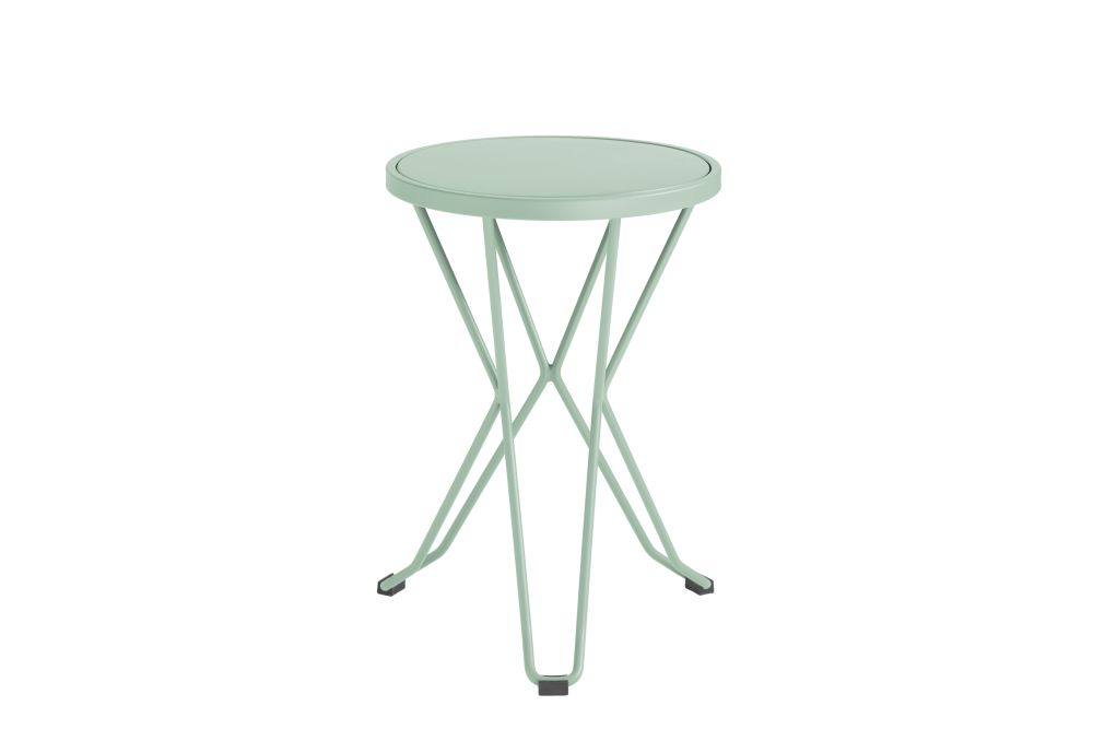 https://res.cloudinary.com/clippings/image/upload/t_big/dpr_auto,f_auto,w_auto/v1552563633/products/madrid-mini-stool-isimar-clippings-11161383.jpg