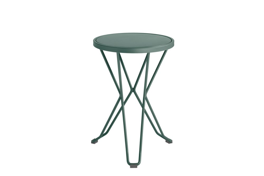 https://res.cloudinary.com/clippings/image/upload/t_big/dpr_auto,f_auto,w_auto/v1552563636/products/madrid-mini-stool-isimar-clippings-11161386.jpg