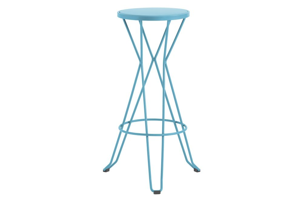 https://res.cloudinary.com/clippings/image/upload/t_big/dpr_auto,f_auto,w_auto/v1552564677/products/madrid-bar-stool-isimar-clippings-11161422.jpg
