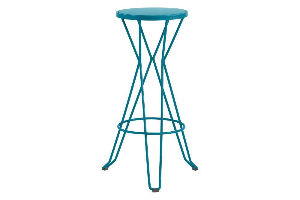 https://res.cloudinary.com/clippings/image/upload/t_big/dpr_auto,f_auto,w_auto/v1552564677/products/madrid-bar-stool-isimar-clippings-11161424.jpg