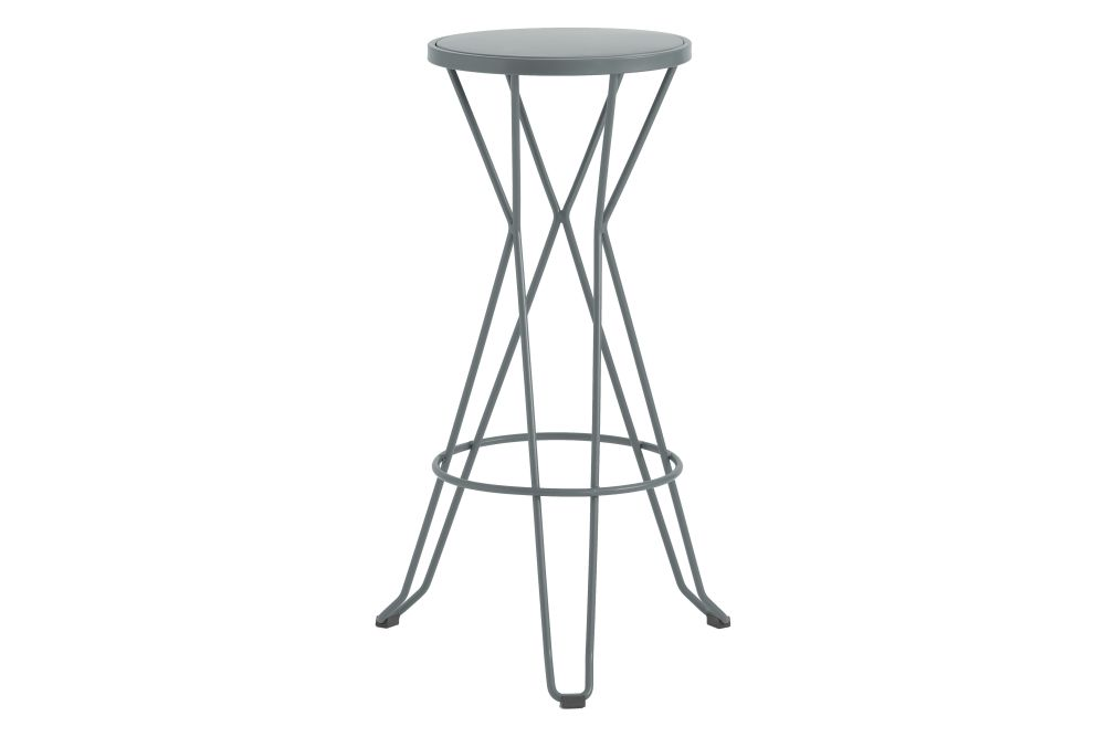 https://res.cloudinary.com/clippings/image/upload/t_big/dpr_auto,f_auto,w_auto/v1552564678/products/madrid-bar-stool-isimar-clippings-11161443.jpg