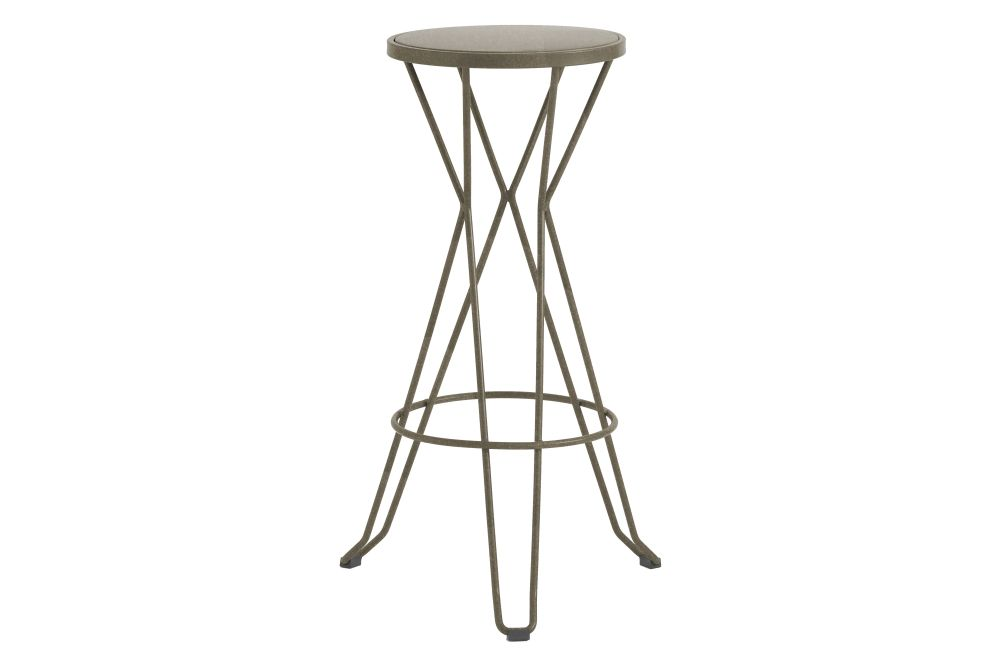 https://res.cloudinary.com/clippings/image/upload/t_big/dpr_auto,f_auto,w_auto/v1552564678/products/madrid-bar-stool-isimar-clippings-11161447.jpg