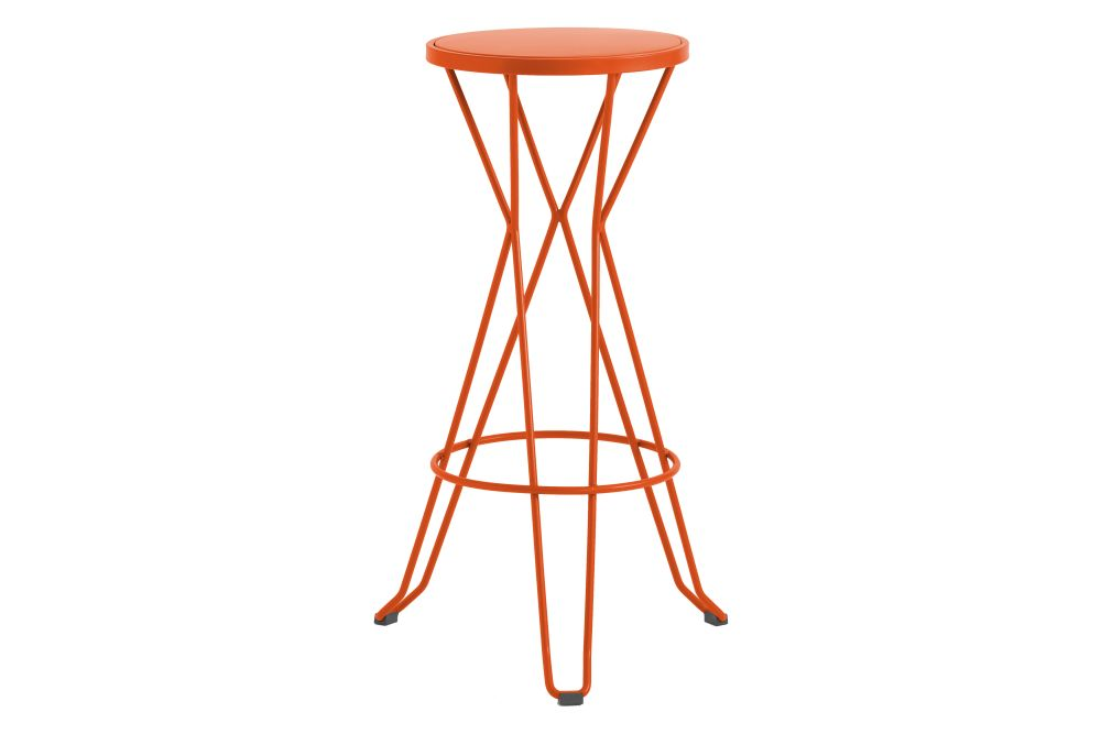 https://res.cloudinary.com/clippings/image/upload/t_big/dpr_auto,f_auto,w_auto/v1552564679/products/madrid-bar-stool-isimar-clippings-11161430.jpg