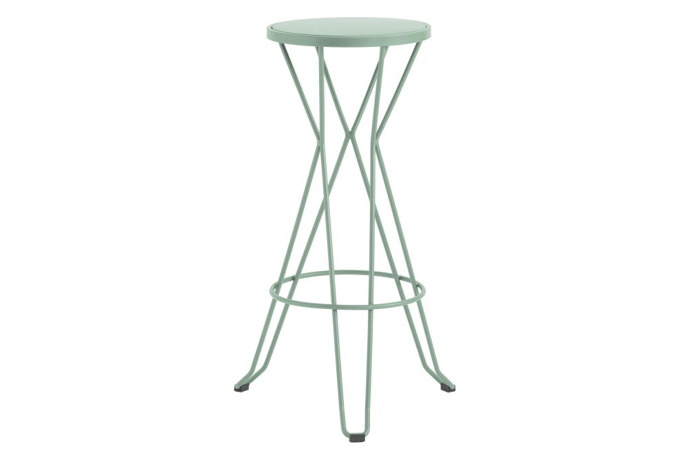 https://res.cloudinary.com/clippings/image/upload/t_big/dpr_auto,f_auto,w_auto/v1552564682/products/madrid-bar-stool-isimar-clippings-11161438.jpg