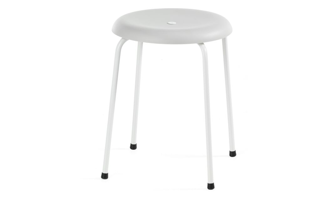 https://res.cloudinary.com/clippings/image/upload/t_big/dpr_auto,f_auto,w_auto/v1552641602/products/taburett-stool-set-of-3-lammhults-edvin-st%C3%A5hl-clippings-11162680.jpg