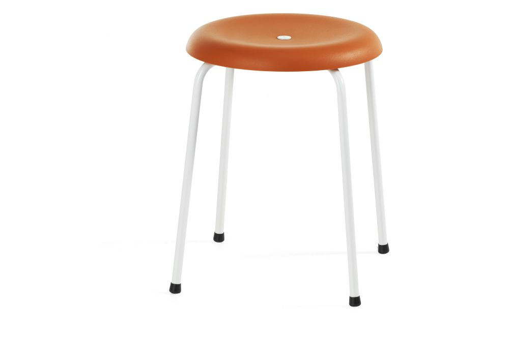 https://res.cloudinary.com/clippings/image/upload/t_big/dpr_auto,f_auto,w_auto/v1552641603/products/taburett-stool-set-of-3-lammhults-edvin-st%C3%A5hl-clippings-11162682.jpg