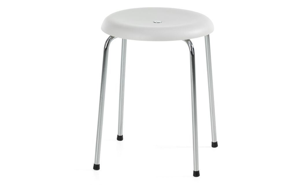 https://res.cloudinary.com/clippings/image/upload/t_big/dpr_auto,f_auto,w_auto/v1552641608/products/taburett-stool-set-of-3-lammhults-edvin-st%C3%A5hl-clippings-11162685.jpg