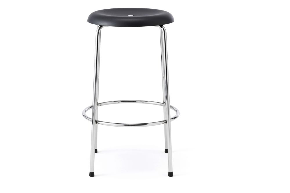 https://res.cloudinary.com/clippings/image/upload/t_big/dpr_auto,f_auto,w_auto/v1552641946/products/taburett-barstool-set-of-2-lammhults-edvin-st%C3%A5hl-clippings-11162812.jpg