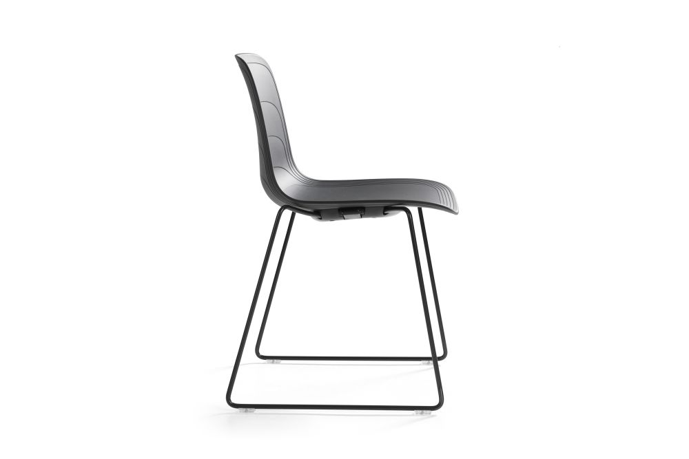 https://res.cloudinary.com/clippings/image/upload/t_big/dpr_auto,f_auto,w_auto/v1552973626/products/grade-dining-chair-sled-base-set-of-3-lammhults-johannes-foersom-peter-hiort-lorenzen-clippings-11168462.jpg