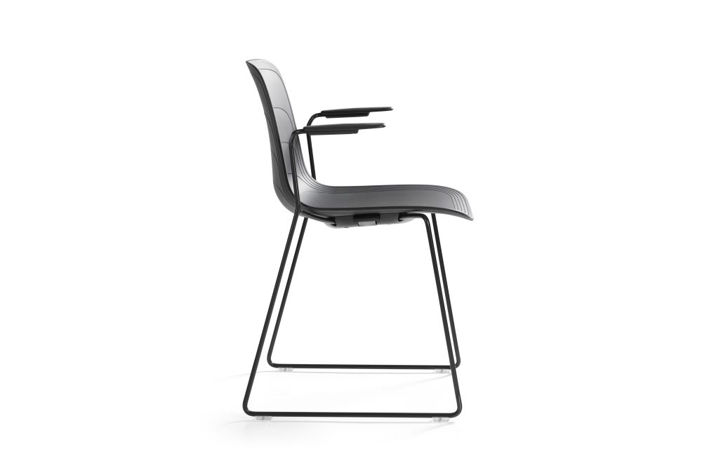 https://res.cloudinary.com/clippings/image/upload/t_big/dpr_auto,f_auto,w_auto/v1552975827/products/grade-armchair-sled-base-set-of-3-lammhults-johannes-foersom-peter-hiort-lorenzen-clippings-11168483.jpg