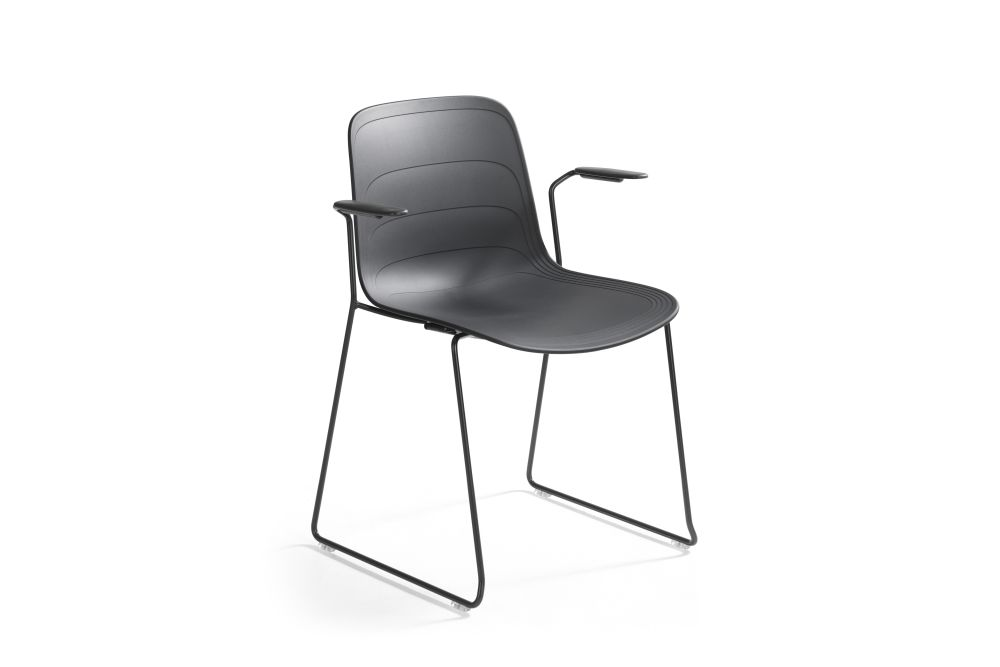 https://res.cloudinary.com/clippings/image/upload/t_big/dpr_auto,f_auto,w_auto/v1552975828/products/grade-armchair-sled-base-set-of-3-lammhults-johannes-foersom-peter-hiort-lorenzen-clippings-11168484.jpg
