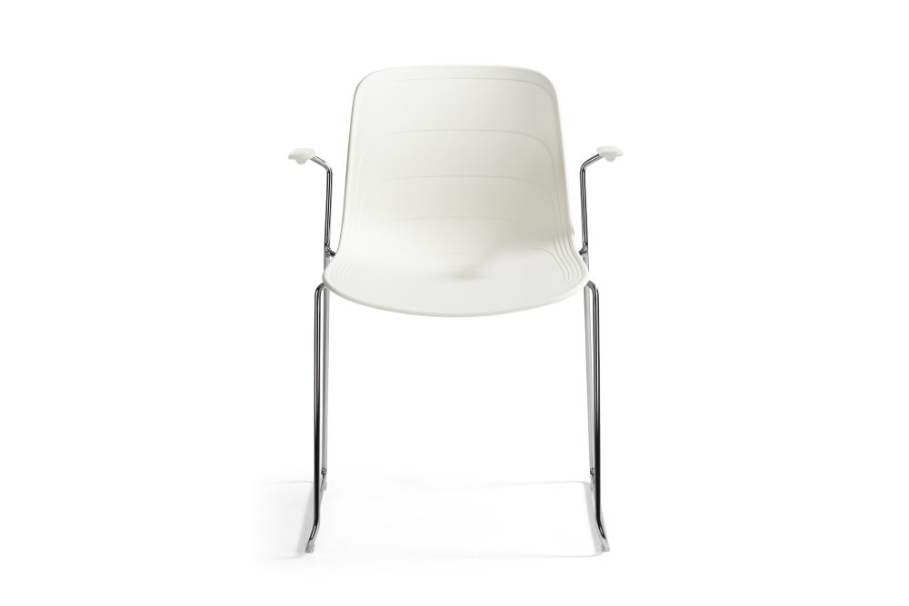https://res.cloudinary.com/clippings/image/upload/t_big/dpr_auto,f_auto,w_auto/v1552976465/products/grade-armchair-chrome-sled-base-set-of-3-lammhults-johannes-foersom-peter-hiort-lorenzen-clippings-11168486.jpg