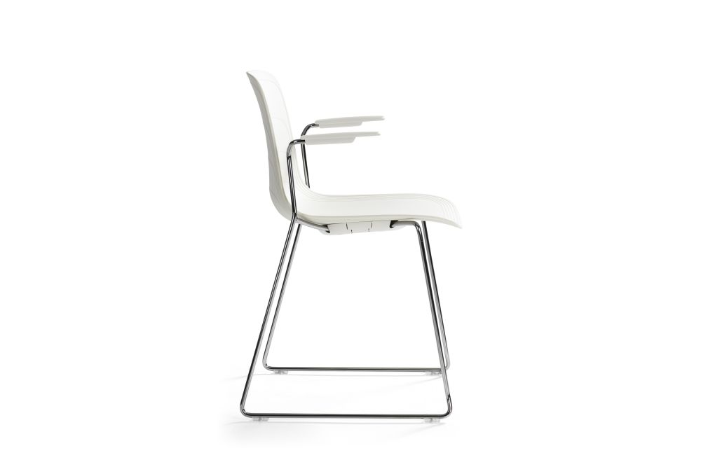 https://res.cloudinary.com/clippings/image/upload/t_big/dpr_auto,f_auto,w_auto/v1552976465/products/grade-armchair-chrome-sled-base-set-of-3-lammhults-johannes-foersom-peter-hiort-lorenzen-clippings-11168488.jpg