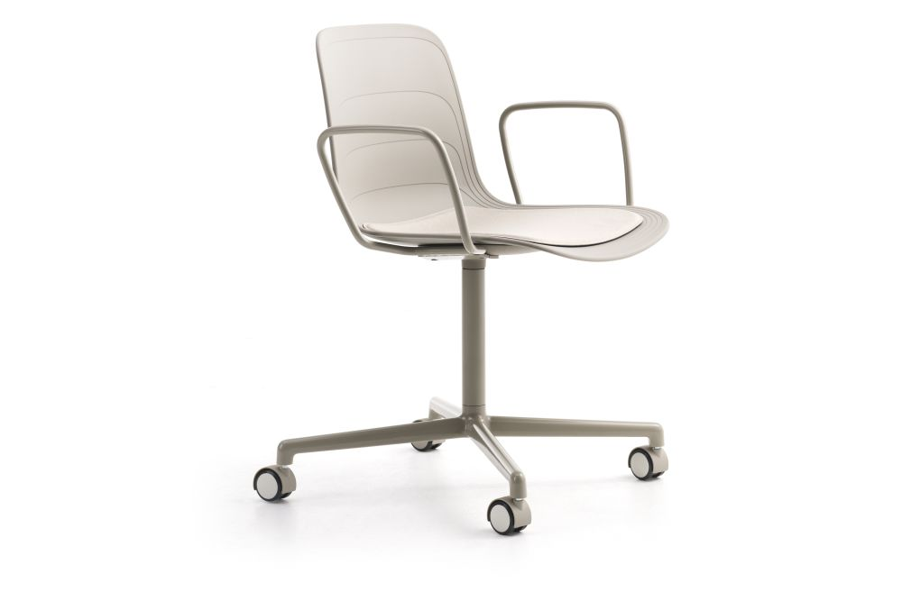 White/Grey 895 RAL 9002, Divina 3 224,Lammhults,Conference Chairs,chair,furniture,line,material property,office chair,product