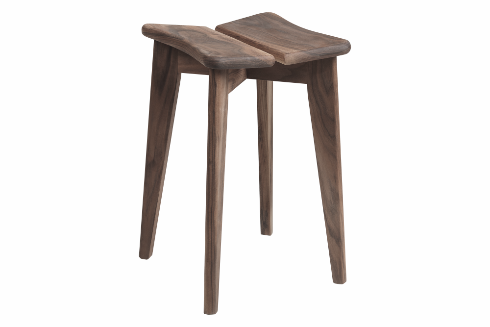 https://res.cloudinary.com/clippings/image/upload/t_big/dpr_auto,f_auto,w_auto/v1553092650/products/tr%C3%A8fle-stool-gubi-marcel-gascoin-clippings-11169284.tiff