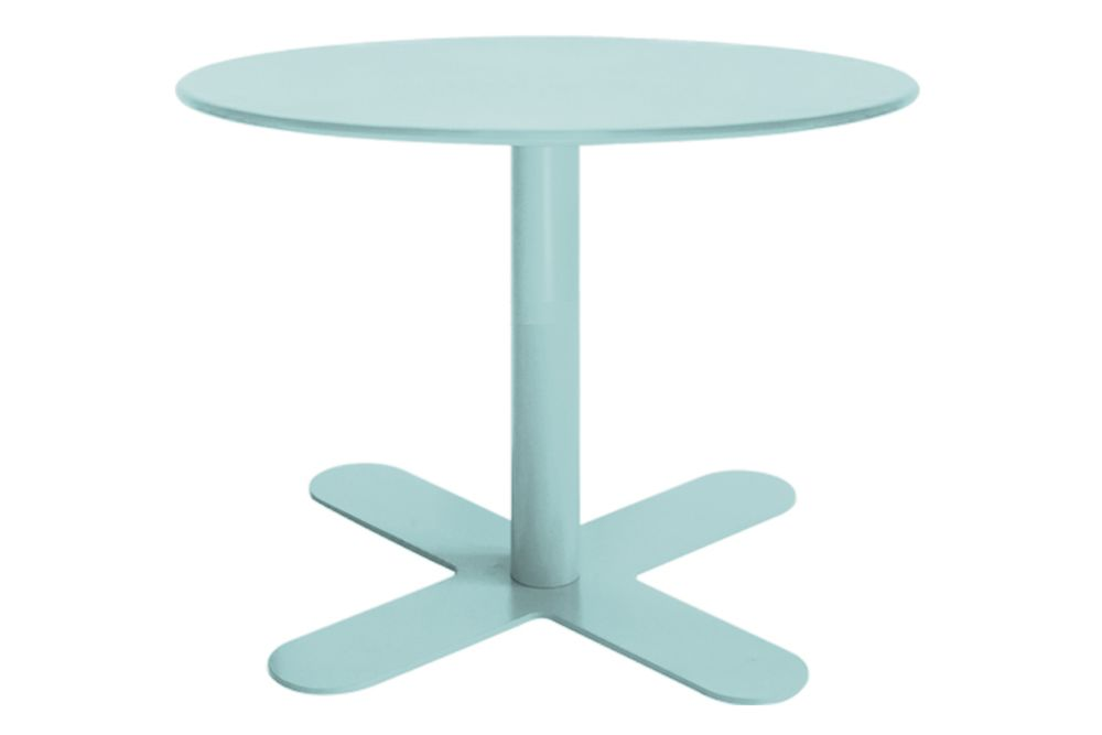 https://res.cloudinary.com/clippings/image/upload/t_big/dpr_auto,f_auto,w_auto/v1553154709/products/antibes-round-coffee-table-with-metal-top-isimar-isimar-clippings-11169499.jpg