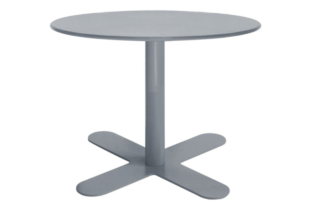https://res.cloudinary.com/clippings/image/upload/t_big/dpr_auto,f_auto,w_auto/v1553154710/products/antibes-round-coffee-table-with-metal-top-isimar-isimar-clippings-11169500.jpg