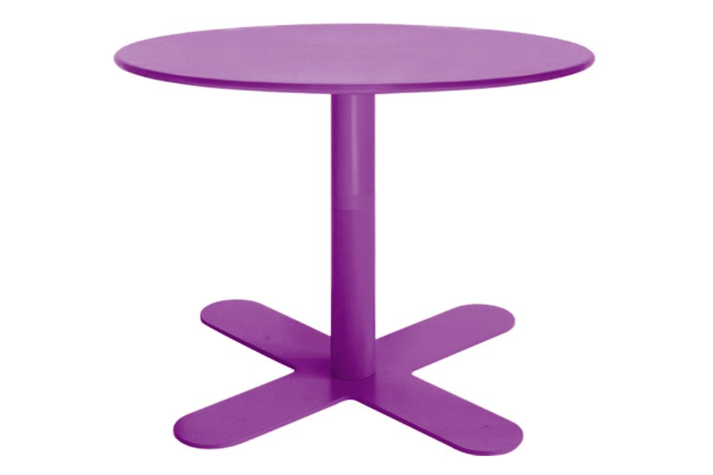 https://res.cloudinary.com/clippings/image/upload/t_big/dpr_auto,f_auto,w_auto/v1553154710/products/antibes-round-coffee-table-with-metal-top-isimar-isimar-clippings-11169507.jpg