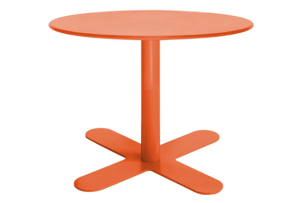 https://res.cloudinary.com/clippings/image/upload/t_big/dpr_auto,f_auto,w_auto/v1553154710/products/antibes-round-coffee-table-with-metal-top-isimar-isimar-clippings-11169509.jpg
