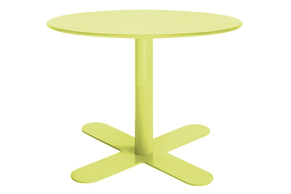 https://res.cloudinary.com/clippings/image/upload/t_big/dpr_auto,f_auto,w_auto/v1553154710/products/antibes-round-coffee-table-with-metal-top-isimar-isimar-clippings-11169513.jpg