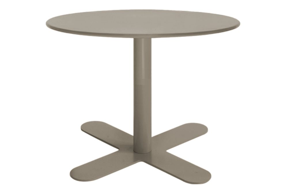 https://res.cloudinary.com/clippings/image/upload/t_big/dpr_auto,f_auto,w_auto/v1553154710/products/antibes-round-coffee-table-with-metal-top-isimar-isimar-clippings-11169517.jpg