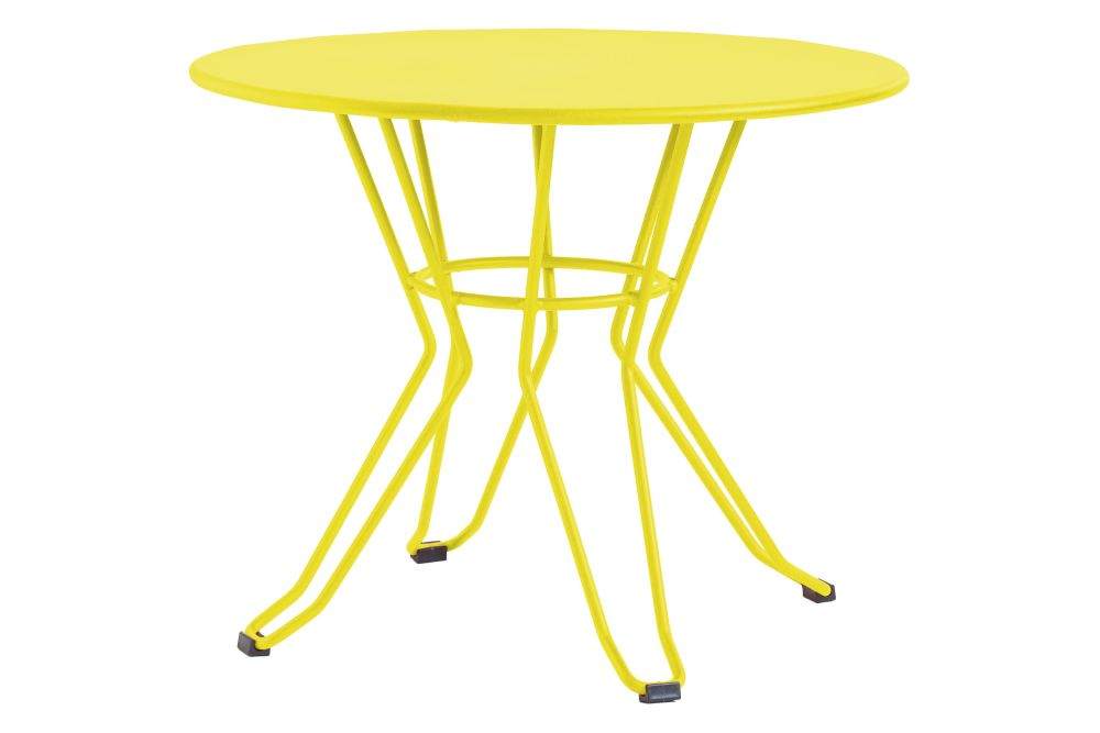 https://res.cloudinary.com/clippings/image/upload/t_big/dpr_auto,f_auto,w_auto/v1553169639/products/capri-round-coffee-table-with-metal-top-isimar-isimar-clippings-11169852.jpg
