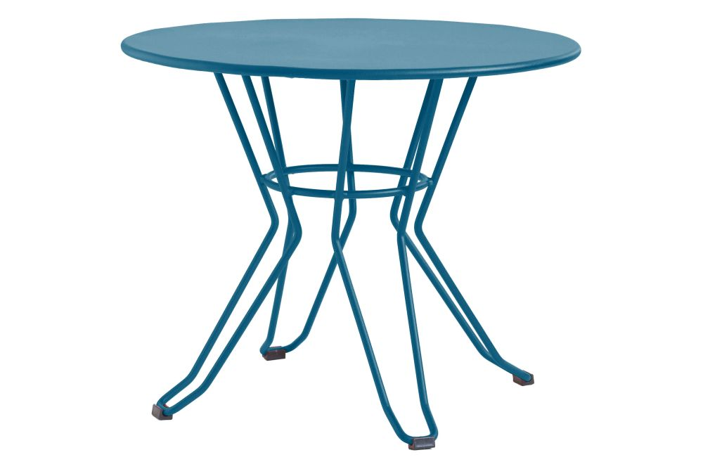 https://res.cloudinary.com/clippings/image/upload/t_big/dpr_auto,f_auto,w_auto/v1553169639/products/capri-round-coffee-table-with-metal-top-isimar-isimar-clippings-11169855.jpg