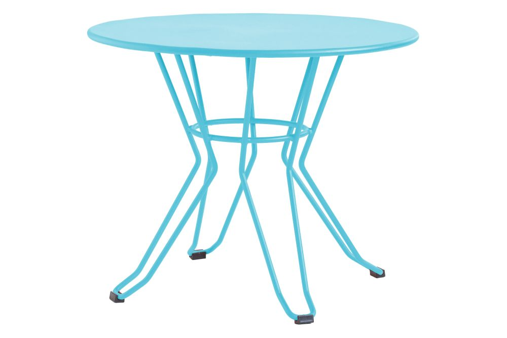https://res.cloudinary.com/clippings/image/upload/t_big/dpr_auto,f_auto,w_auto/v1553169639/products/capri-round-coffee-table-with-metal-top-isimar-isimar-clippings-11169857.jpg