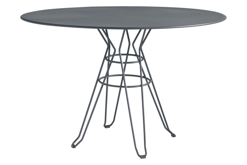 https://res.cloudinary.com/clippings/image/upload/t_big/dpr_auto,f_auto,w_auto/v1553170947/products/capri-round-dining-table-with-metal-top-isimar-isimar-clippings-11169899.jpg