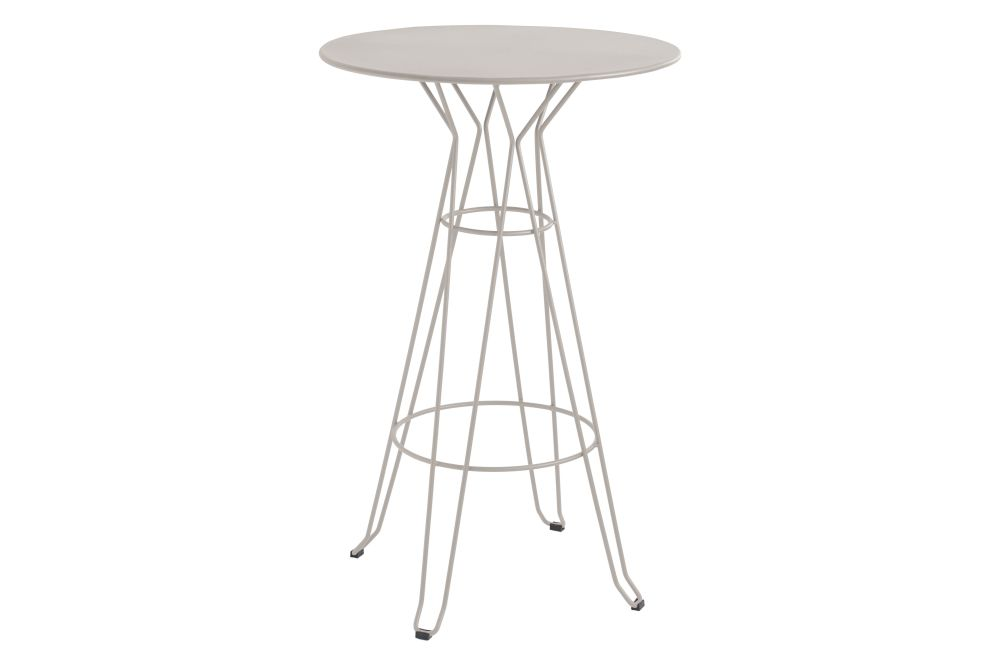 https://res.cloudinary.com/clippings/image/upload/t_big/dpr_auto,f_auto,w_auto/v1553171481/products/capri-round-high-table-with-metal-top-isimar-isimar-clippings-11169907.jpg