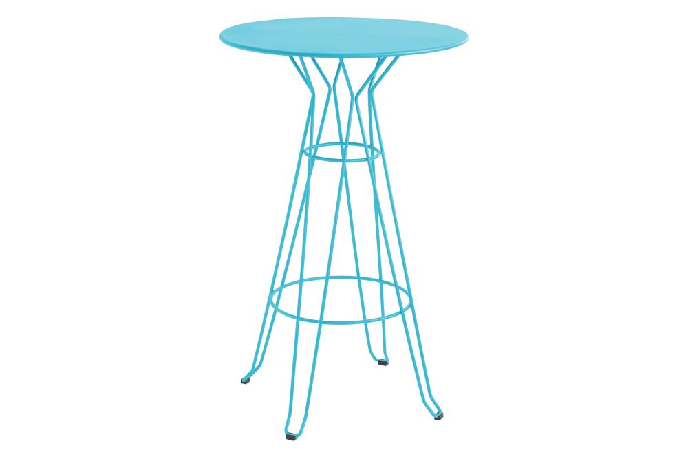 https://res.cloudinary.com/clippings/image/upload/t_big/dpr_auto,f_auto,w_auto/v1553171481/products/capri-round-high-table-with-metal-top-isimar-isimar-clippings-11169913.jpg