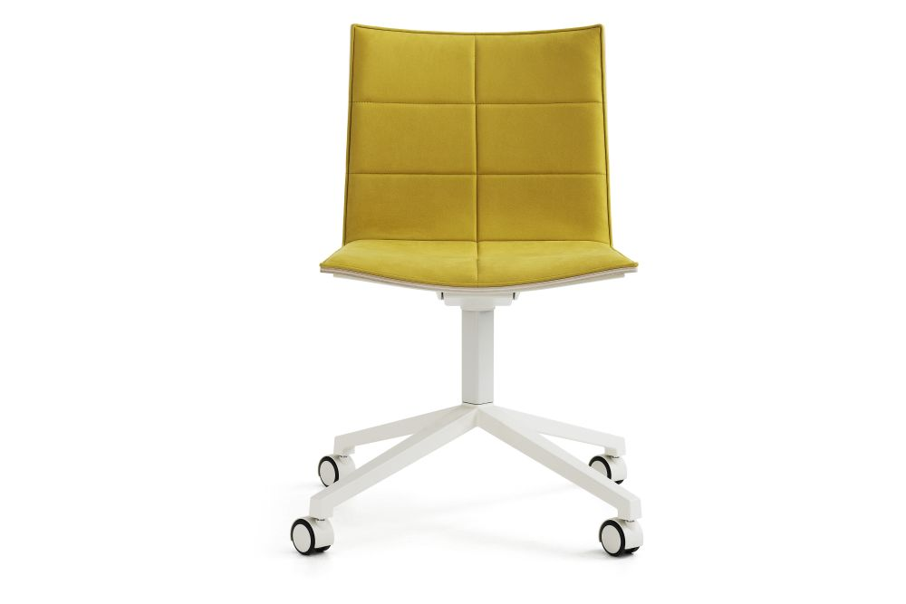 Blazer Aberdeen CUZ87,Lammhults,Conference Chairs,chair,furniture,office chair,product,yellow