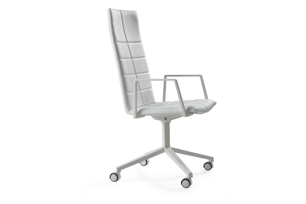 Blazer Aberdeen CUZ87, Graphite 875 NCS S8000-N, 80cm,Lammhults,Conference Chairs,chair,furniture,line,office chair