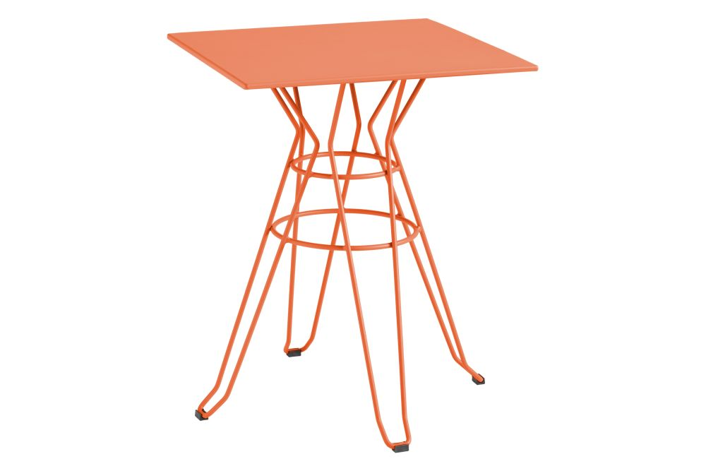 https://res.cloudinary.com/clippings/image/upload/t_big/dpr_auto,f_auto,w_auto/v1553232847/products/capri-square-table-with-metal-top-isimar-isimar-clippings-11170233.jpg