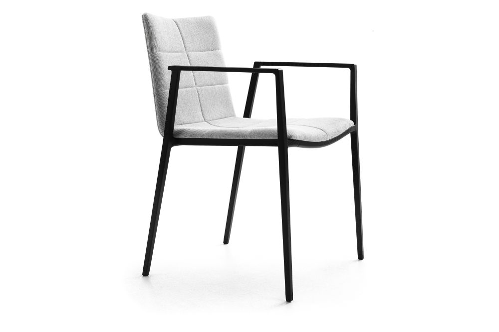 https://res.cloudinary.com/clippings/image/upload/t_big/dpr_auto,f_auto,w_auto/v1553234349/products/archal-armchair-upholstered-lammhults-johannes-foersom-peter-hiort-lorenzen-clippings-11170266.jpg