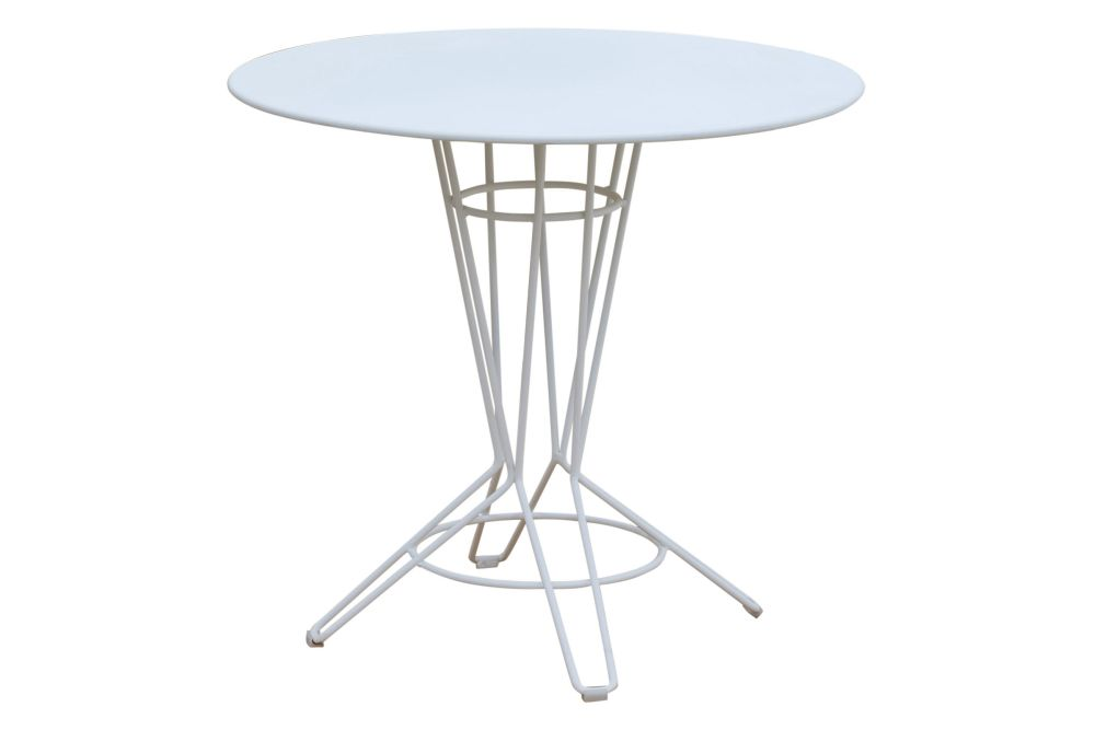 https://res.cloudinary.com/clippings/image/upload/t_big/dpr_auto,f_auto,w_auto/v1553237131/products/nostrum-round-dining-table-with-metal-top-isimar-isimar-clippings-11170324.jpg