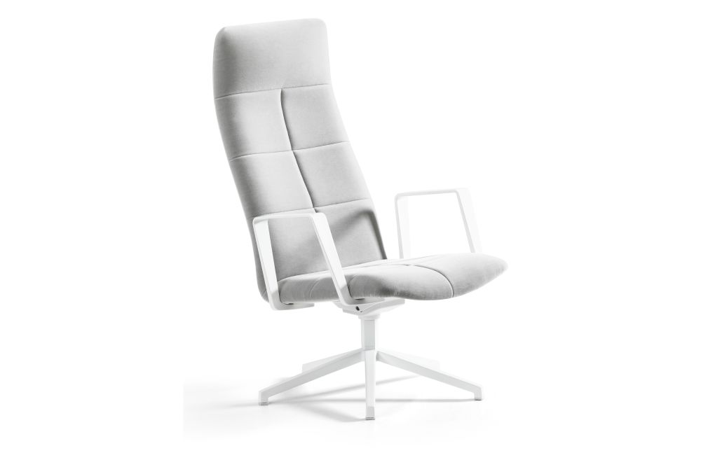 https://res.cloudinary.com/clippings/image/upload/t_big/dpr_auto,f_auto,w_auto/v1553238578/products/archal-xl-lounge-chair-with-armrest-5-feet-swivel-base-upholstered-lammhults-johannes-foersom-peter-hiort-lorenzen-clippings-11170343.jpg