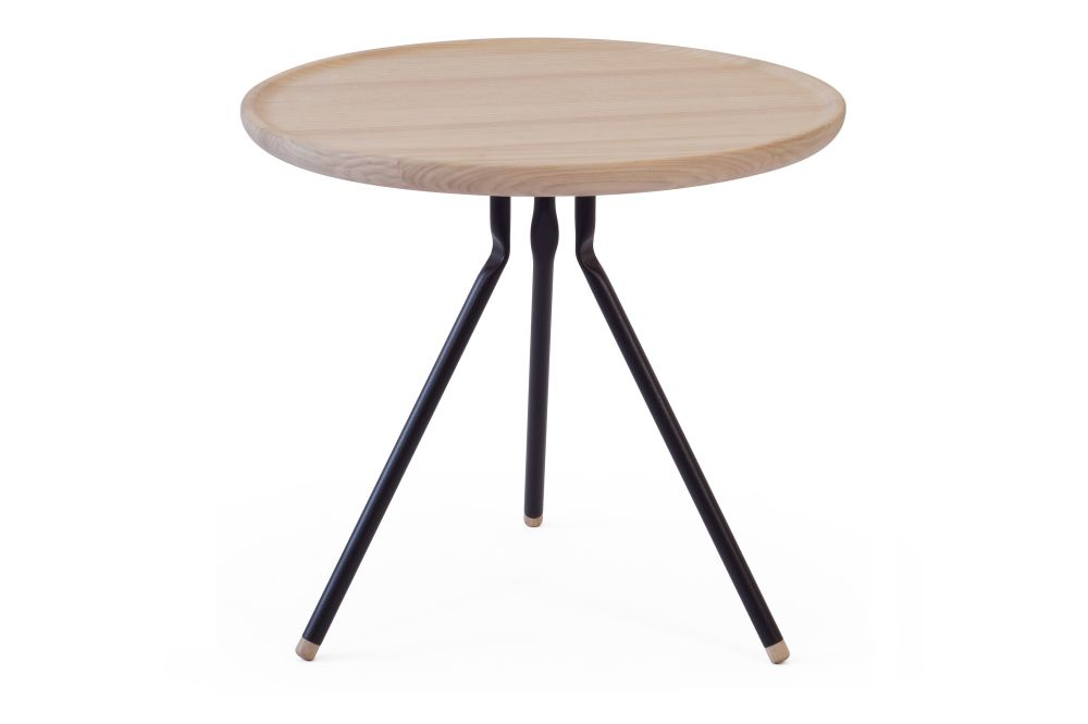 https://res.cloudinary.com/clippings/image/upload/t_big/dpr_auto,f_auto,w_auto/v1553261140/products/bend-coffee-table-ubikubi-drago%C8%99-motica-clippings-11170802.jpg