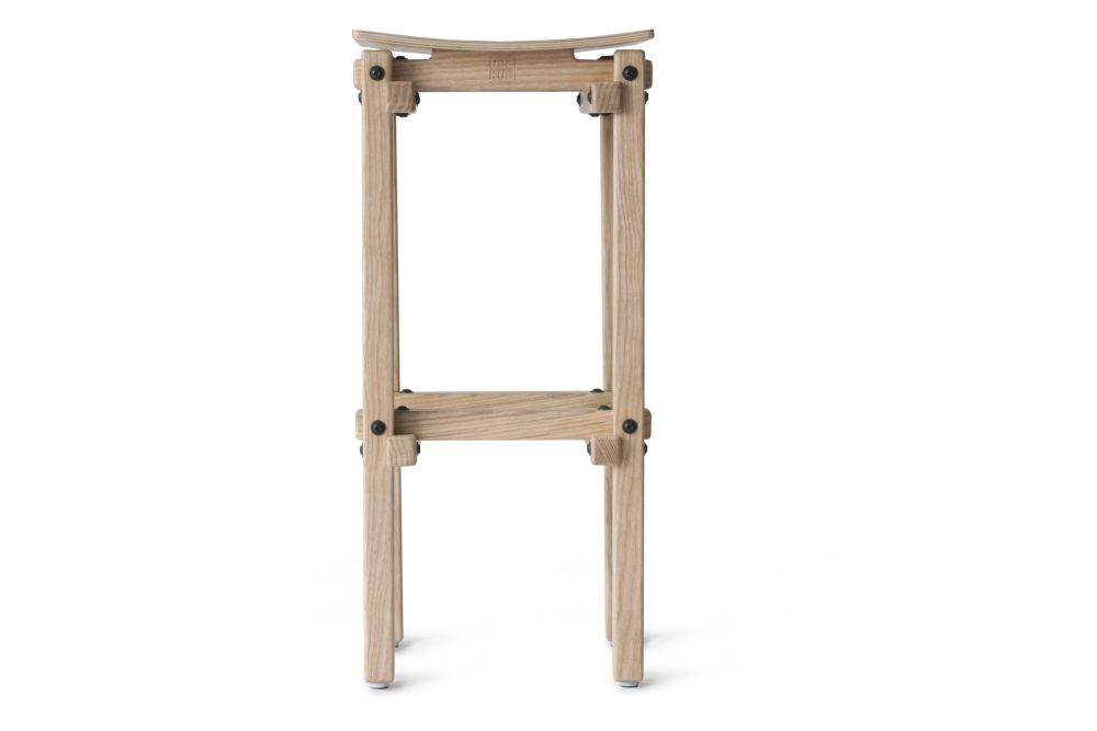 https://res.cloudinary.com/clippings/image/upload/t_big/dpr_auto,f_auto,w_auto/v1553262566/products/fair-and-square-bar-stool-ubikubi-drago%C8%99-motica-clippings-11170850.jpg