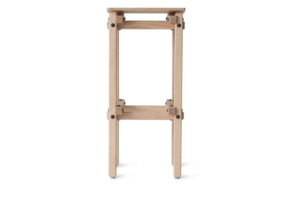 https://res.cloudinary.com/clippings/image/upload/t_big/dpr_auto,f_auto,w_auto/v1553262566/products/fair-and-square-bar-stool-ubikubi-drago%C8%99-motica-clippings-11170851.jpg