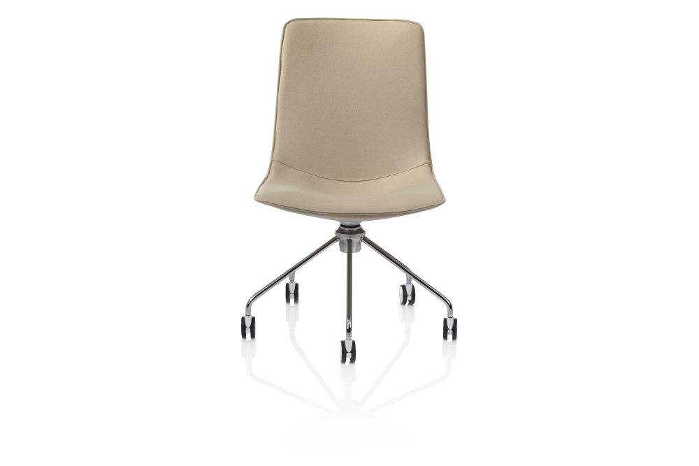 https://res.cloudinary.com/clippings/image/upload/t_big/dpr_auto,f_auto,w_auto/v1553501305/products/comet-chair-5-feet-swivel-base-on-castors-lammhults-gunilla-allard-clippings-11171242.jpg