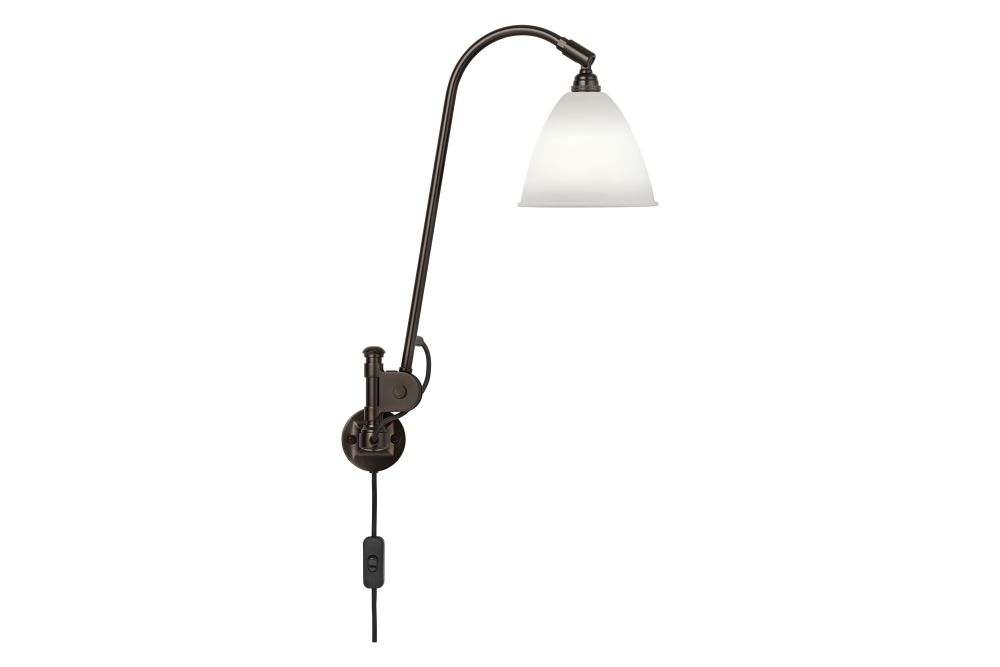 https://res.cloudinary.com/clippings/image/upload/t_big/dpr_auto,f_auto,w_auto/v1553591667/products/bestlite-bl6-wall-light-black-brass-base-gubi-robert-dudley-best-clippings-11171786.jpg