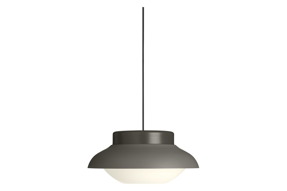 https://res.cloudinary.com/clippings/image/upload/t_big/dpr_auto,f_auto,w_auto/v1553613087/products/collar-pendant-light-gubi-sebastian-herkner-clippings-11172084.jpg
