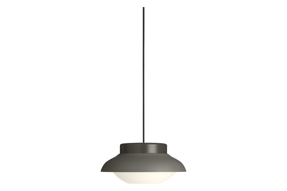 https://res.cloudinary.com/clippings/image/upload/t_big/dpr_auto,f_auto,w_auto/v1553613089/products/collar-pendant-light-gubi-sebastian-herkner-clippings-11172085.jpg