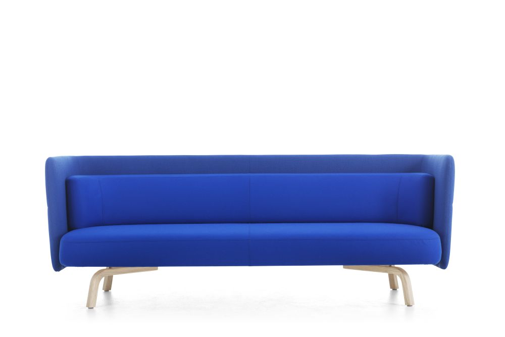 https://res.cloudinary.com/clippings/image/upload/t_big/dpr_auto,f_auto,w_auto/v1553775027/products/portus-sofa-3-seater-lammhults-johannes-foersom-clippings-11174078.jpg