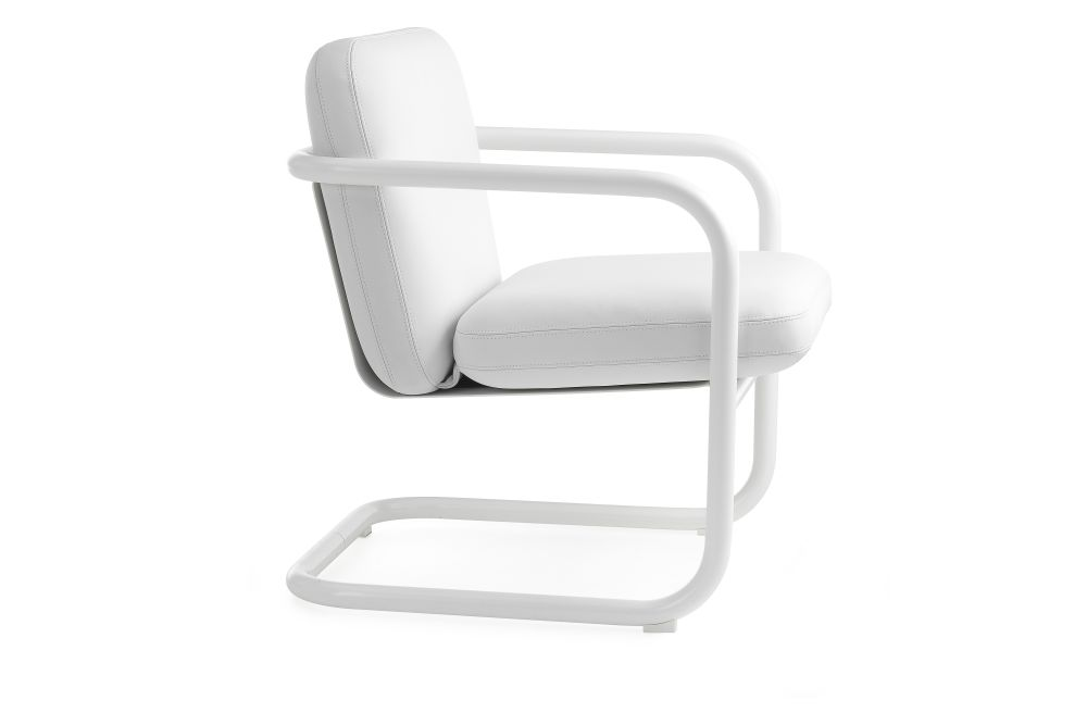 https://res.cloudinary.com/clippings/image/upload/t_big/dpr_auto,f_auto,w_auto/v1553775934/products/s70-4-easy-chair-lammhults-bo-lindekrantz-clippings-11174112.jpg