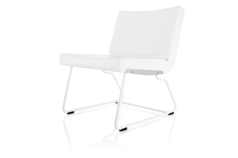 https://res.cloudinary.com/clippings/image/upload/t_big/dpr_auto,f_auto,w_auto/v1553778977/products/a-line-easy-chair-lammhults-anya-sebton-clippings-11174249.jpg