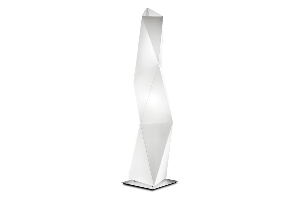 https://res.cloudinary.com/clippings/image/upload/t_big/dpr_auto,f_auto,w_auto/v1553842193/products/diamond-floor-lamp-111-slamp-daniele-statera-ines-paolucci-clippings-11175321.jpg