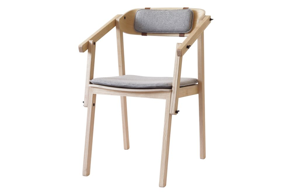 https://res.cloudinary.com/clippings/image/upload/t_big/dpr_auto,f_auto,w_auto/v1553856237/products/atelier-armchair-with-seat-back-cushion-ubikubi-drago%C8%99-motica-clippings-11175628.jpg