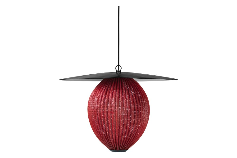 https://res.cloudinary.com/clippings/image/upload/t_big/dpr_auto,f_auto,w_auto/v1554123346/products/satellite-pendant-light-gubi-mathieu-mat%C3%A9got-clippings-11177792.jpg